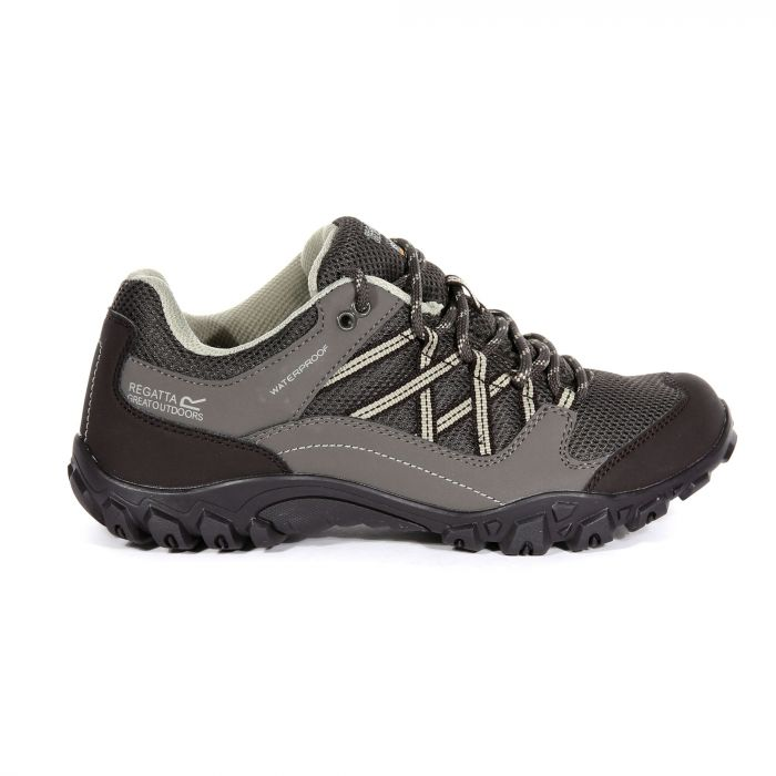 8138b1e1e0a Regatta Women's Edgepoint III Walking Shoes Treetop Peat